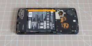 Replacing a LG Nexus 5 Battery