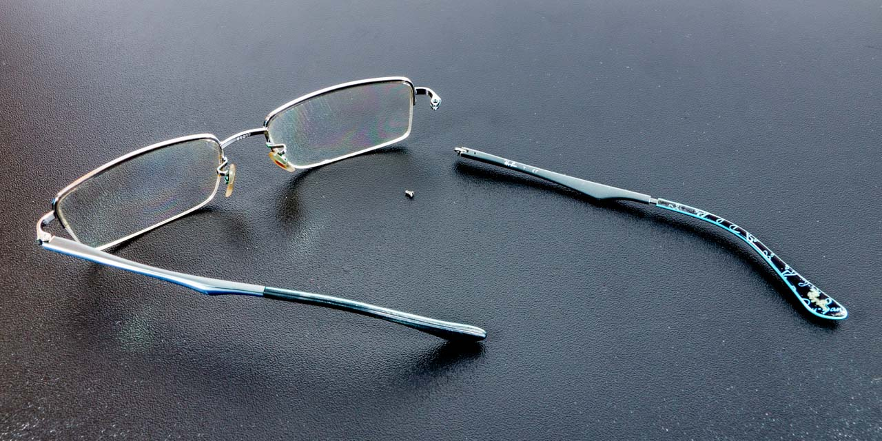 How to fix replae a loose or missing screw on Ray-Ban spring hinge eyeglasses.