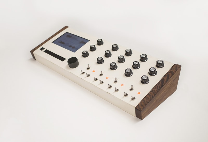 NoLoop Synthesizer