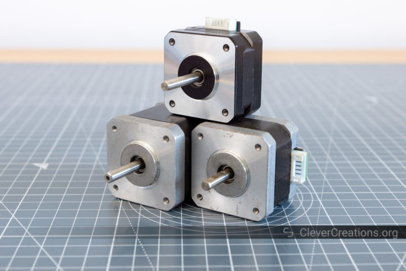 Several NEMA17 stepper motors stacked on top of each other.